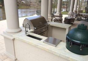 Aqua Venetto 3cm outdoor kitchen